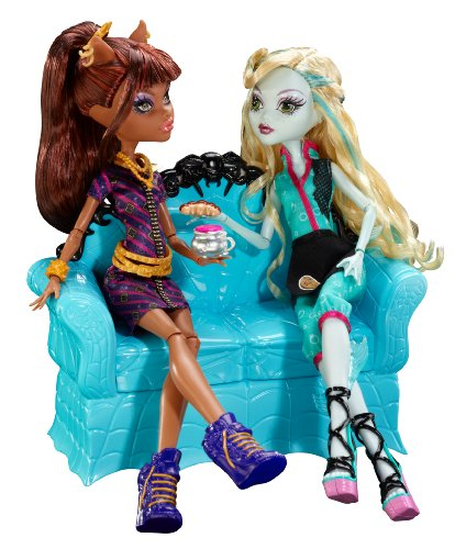 compare monster high ghouls night out doll rochelle vs