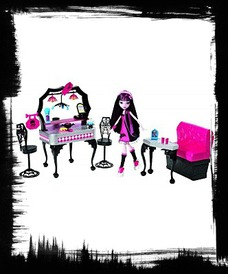 Buy Monster High Diener And Draculaura Playset